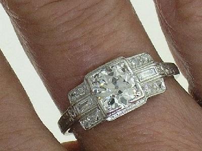 egl antique ring